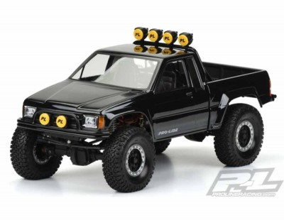 Pro-Line 1985 Toyota Hilux...